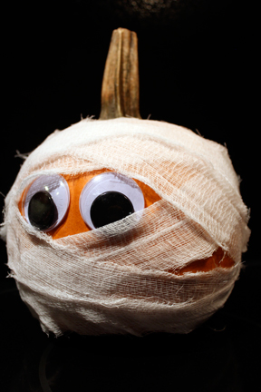 Halloween mummy pumpkin a little bit of this that for Pumpkin cut out ideas